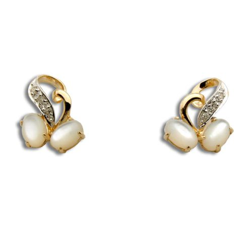 14KT Yellow Gold Heart and Cherry Shaped MOP (Mother of Pearl Shell) with Diamond Post Earrings