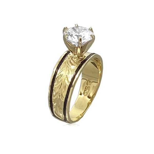 14KT Gold Hawaiian Maile Leaf Black Border Tapered Ring with Cubic Zirconia