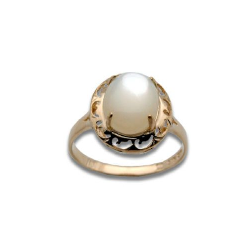 14KT Yellow Gold Oval Shaped MOP (Mother of Pearl Shell) with Cut In Waves Design Ring
